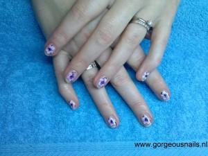 maniQ met nail art dec serena